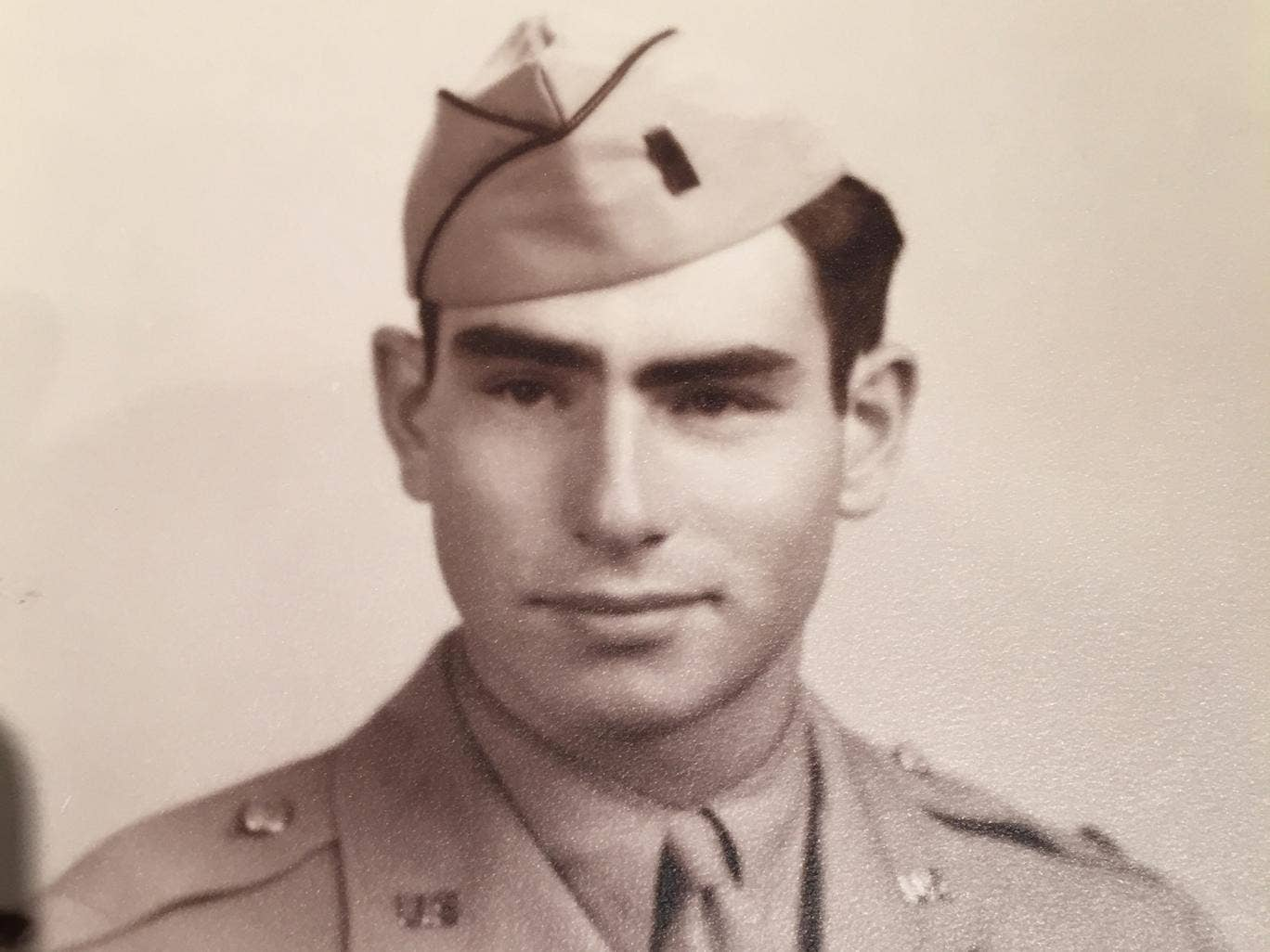 Lieutenant Robert Weiss: Soldier whose expertise and valour in calling ...