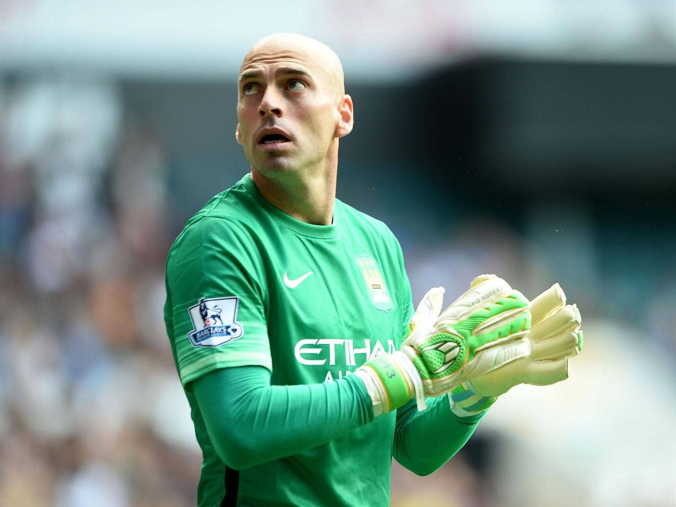 everton vs manchester city team news willy caballero