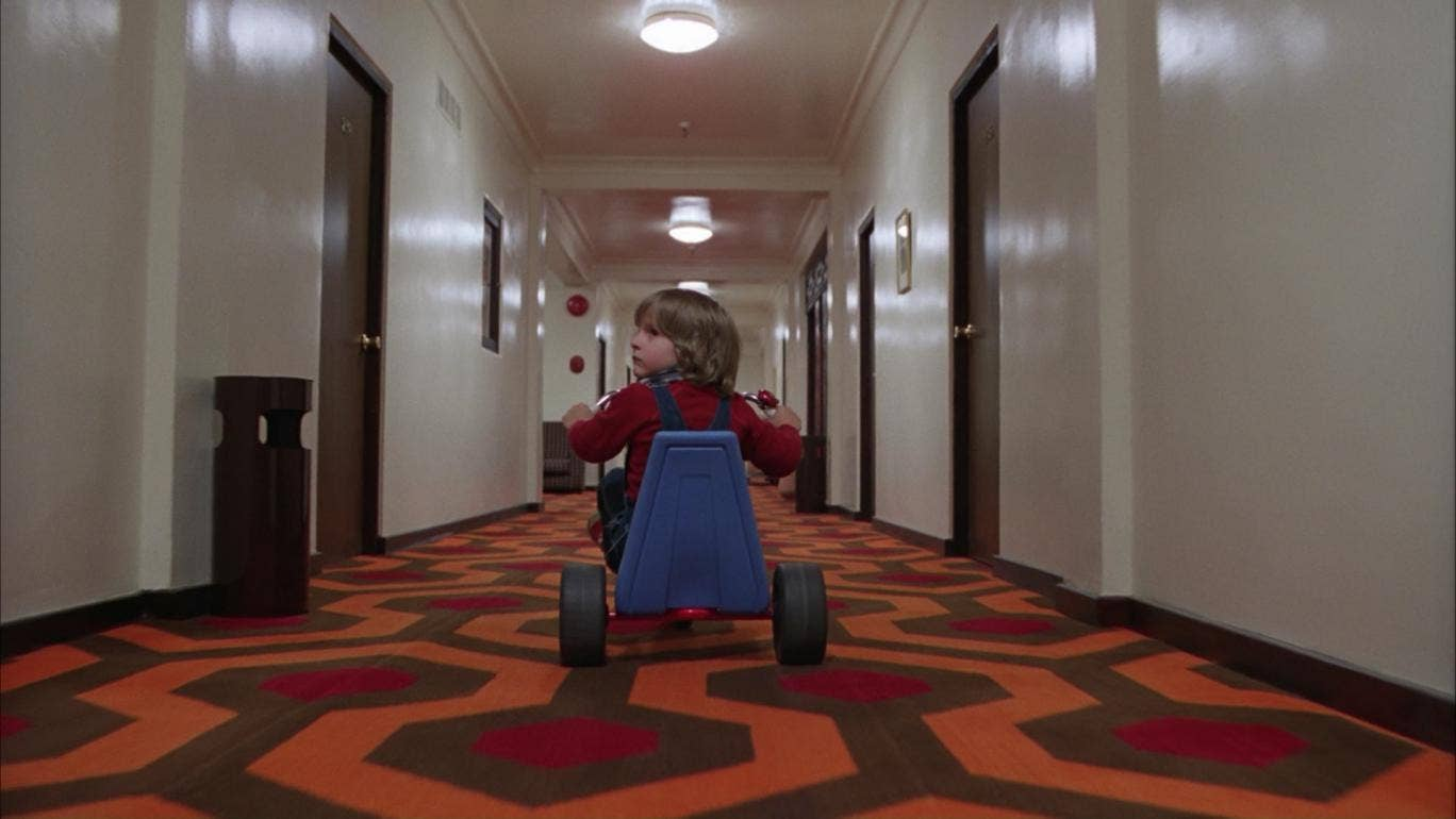 you can now tour the shinings overlook hotel in virtual