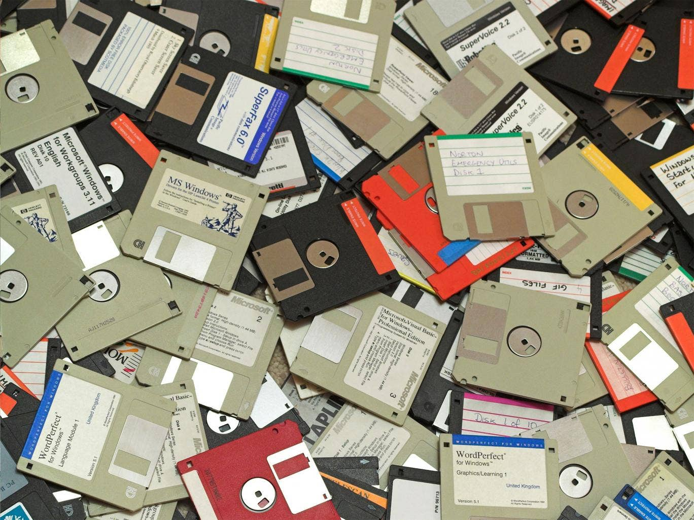 From floppy disks to betamax retro gadget fans are - Uses for old floppy disks ...