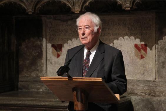 Heaney-speaking-Ted-Hughes.jpg
