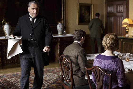 DOWNTON_EMBARGOED_UNTIL_12TH_SEPTEMBER_14.JPG