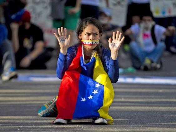 pg-23-venezuela-2-epa.jpg