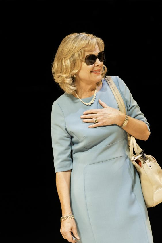 OldVic_OtherDesertCities_Sinead Cusack (Polly Wyeth) Credit Johan Persson.jpg