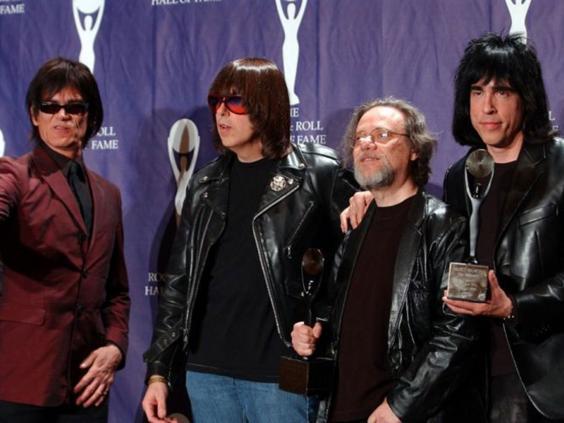 Ramones-1.jpg