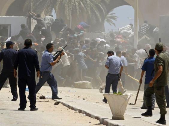 Libya-evacuation-2.jpg