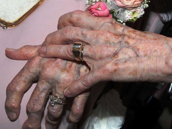rings-lesbian-ap.jpg