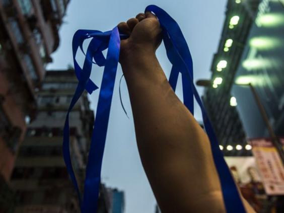 Hong-Kong-blue-ribbons.jpg