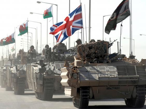 35-British-Tanks-Reuters.jpg