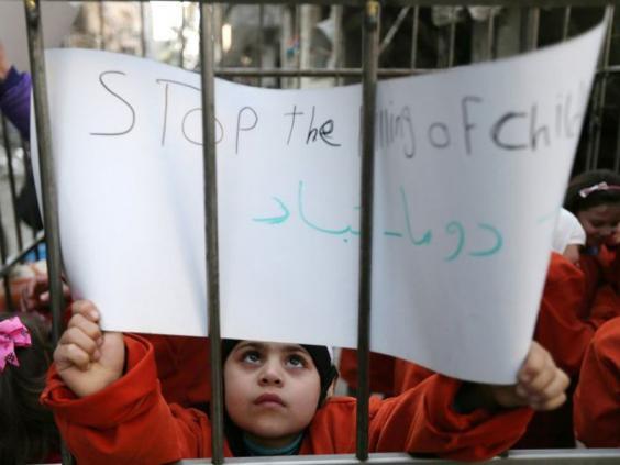 Douma-protest-2.jpg