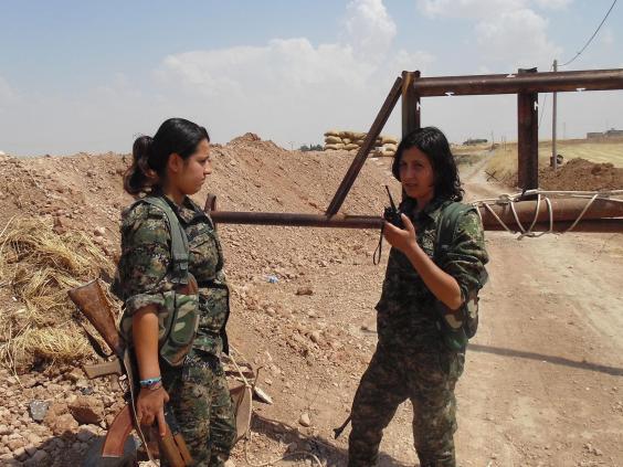 18-Women-fighters.jpg