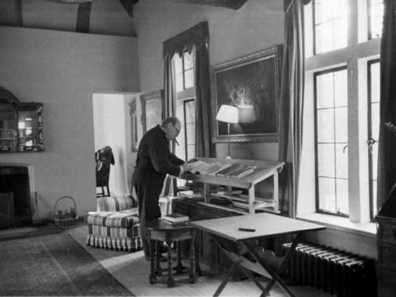 7-Churchill's-Study-Getty.jpg