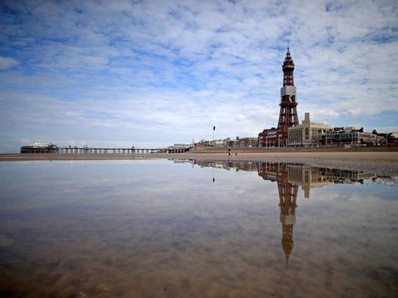 24-Blackpool-Tower-get.jpg
