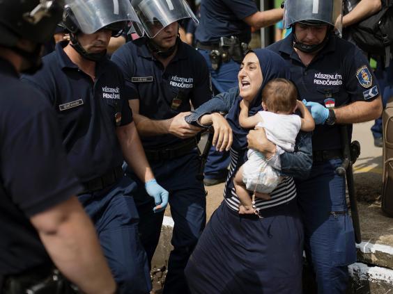 hungary-refugees-1.jpg