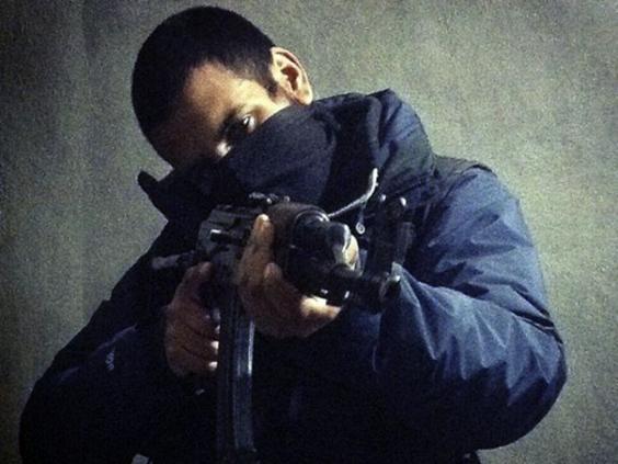 7-Junaid-Hussain.jpg