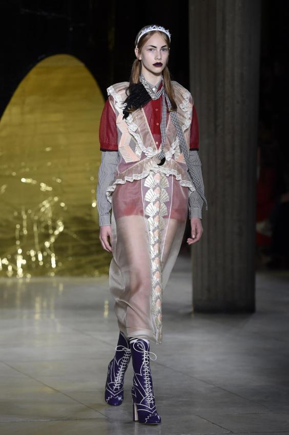 Louis Vuitton and Miu Miu close the Paris collections ...