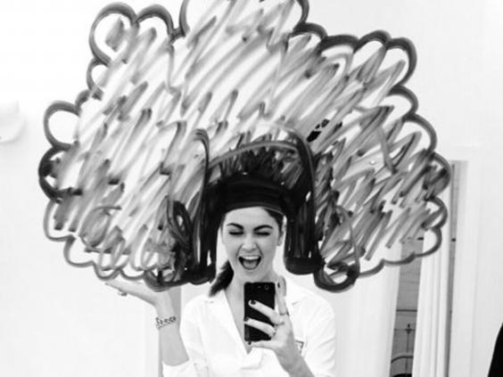 17-mirror-selfie.jpg