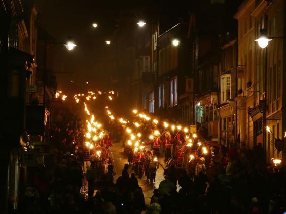 lewes-bonfire-1.jpg