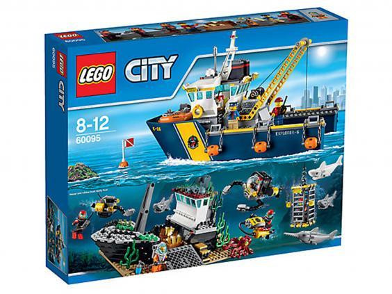 Lego-City-Deep-Sea-Vessel.jpg