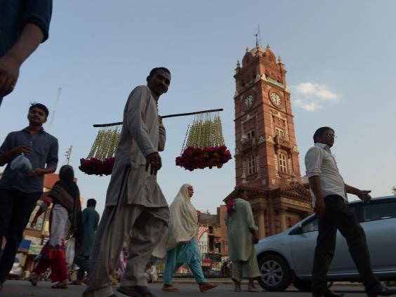32-Faisalabad-get.jpg