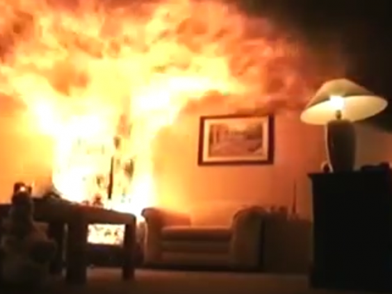 Video Shows Christmas Tree Fire Destroy Living Room In