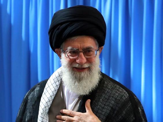 4-Ayatollah-Ruhollah-Khomeini-EPA.jpg