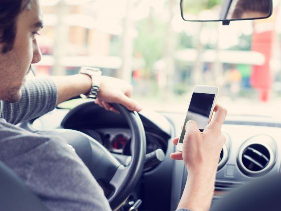 Phone-driving.jpg