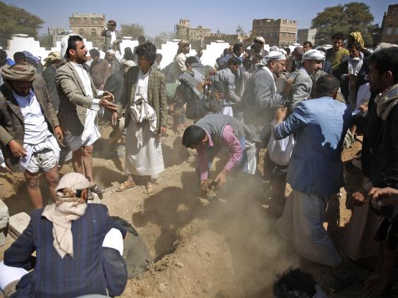 web-saudi-yemen-2-ap.jpg
