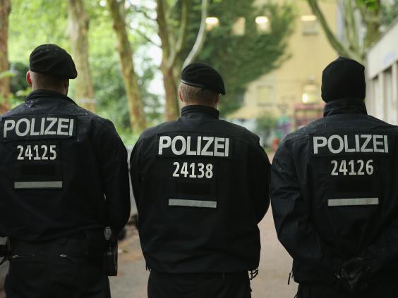 Berlin-police.jpg