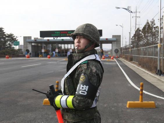 24-south-korea-soldier-ap.jpg