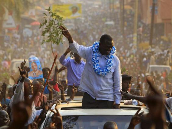 30-Kizza-Besigye-reuters.jpg