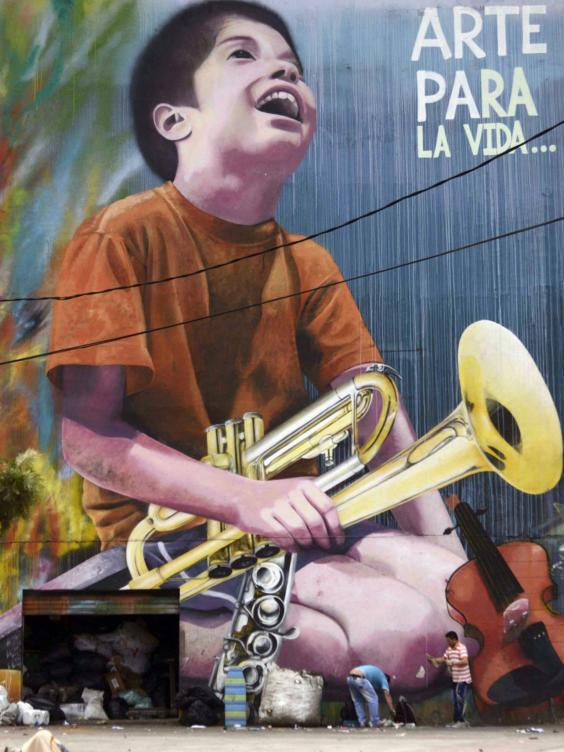 32-colombia-graffiti-afpget.jpg