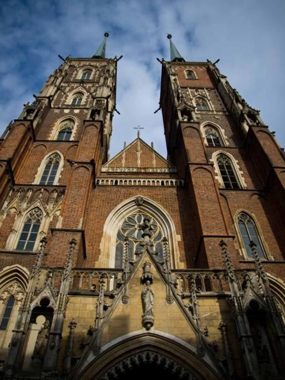 wroclaw-cathedral.jpg