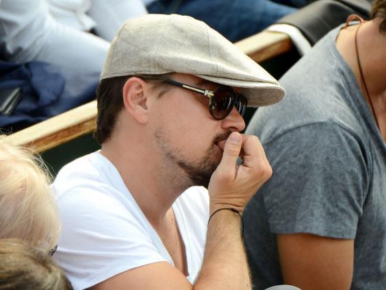 Leonardo-DiCaprio-biting-nails.jpg