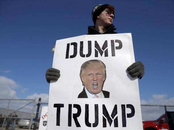 28-dump-trump-reuters.jpg