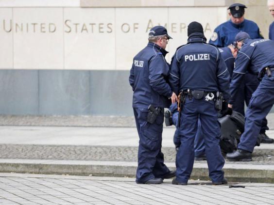 Berlin-embassy-alert-2.jpg