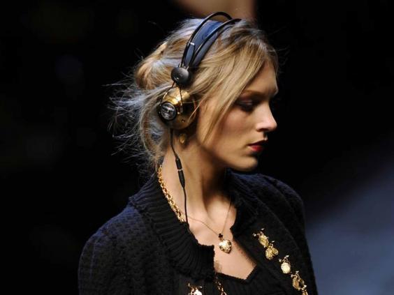 headphones-afp.jpg