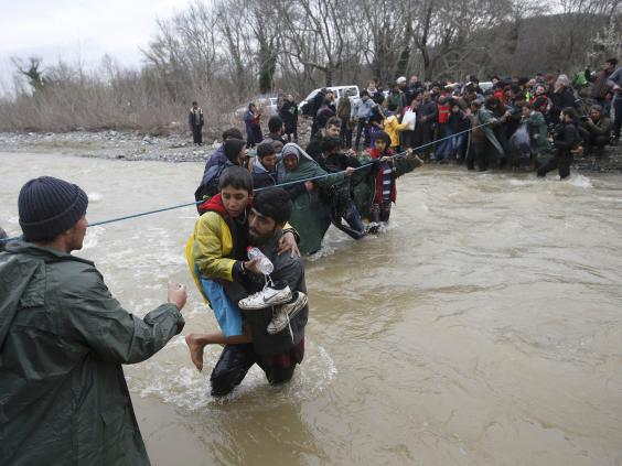 macedonia-refugees-reuters2.jpg