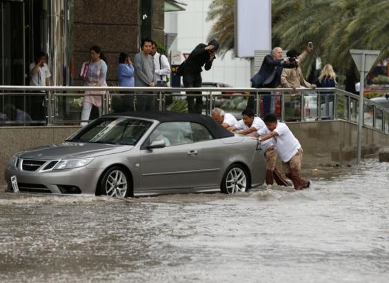 Dubai-floods2.jpg