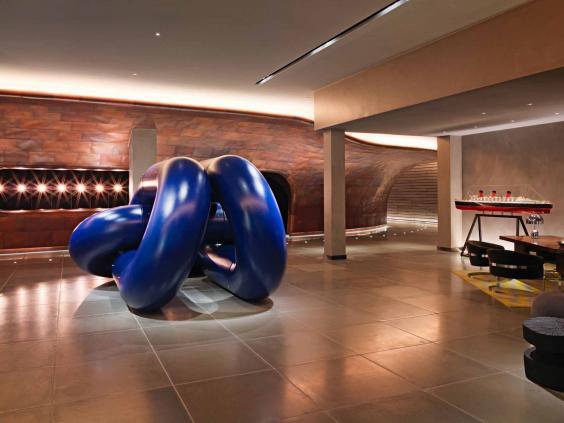 mondrian-london-hotel.jpg