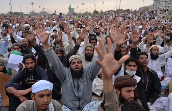 pakistan-protests3.jpg