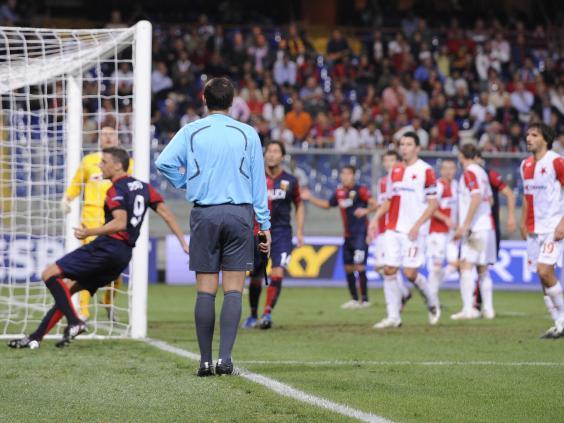 goalline-referees.jpg