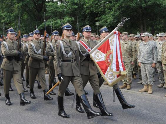 nato-polish-soldiers-epa.jpg