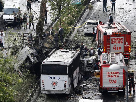 istanbul-bus-attack.jpg