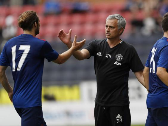 Mourinho hails fit-again Shaw after holiday 'sacrifice'