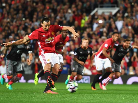 Rashford rescues Man United with late winner