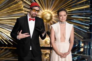 ' ' from the web at 'http://static.independent.co.uk/s3fs-public/styles/video_thumbnail/public/thumbnails/image/2016/02/29/09/Ali-G-Oscars.jpg'