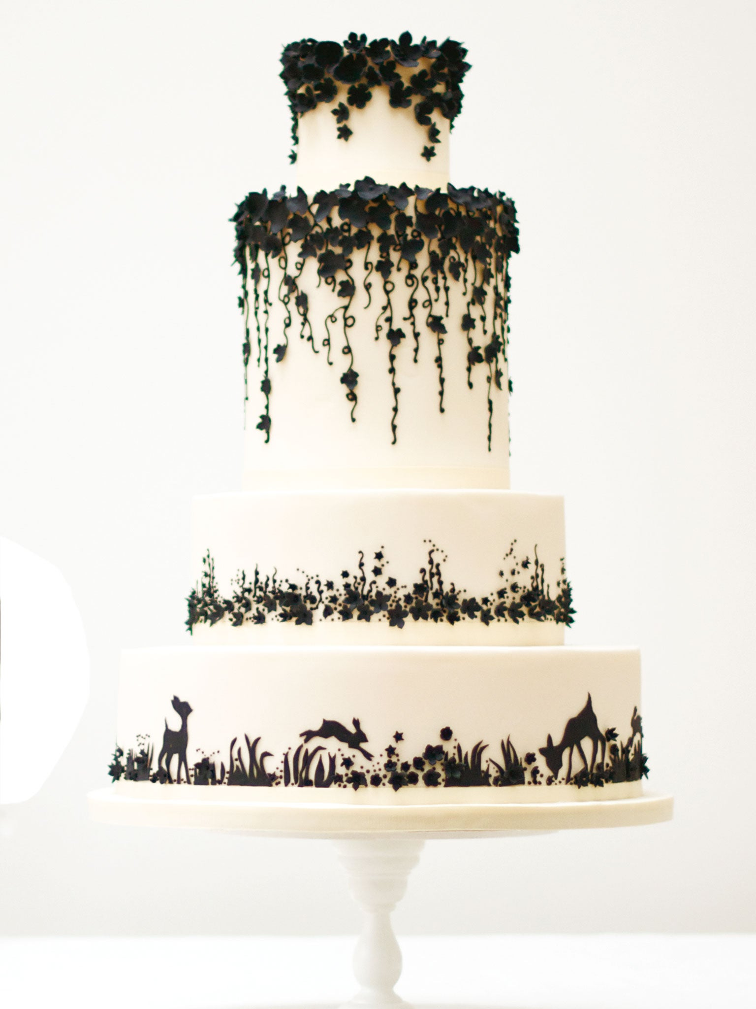 the 10 best wedding cakes the independent. Black Bedroom Furniture Sets. Home Design Ideas