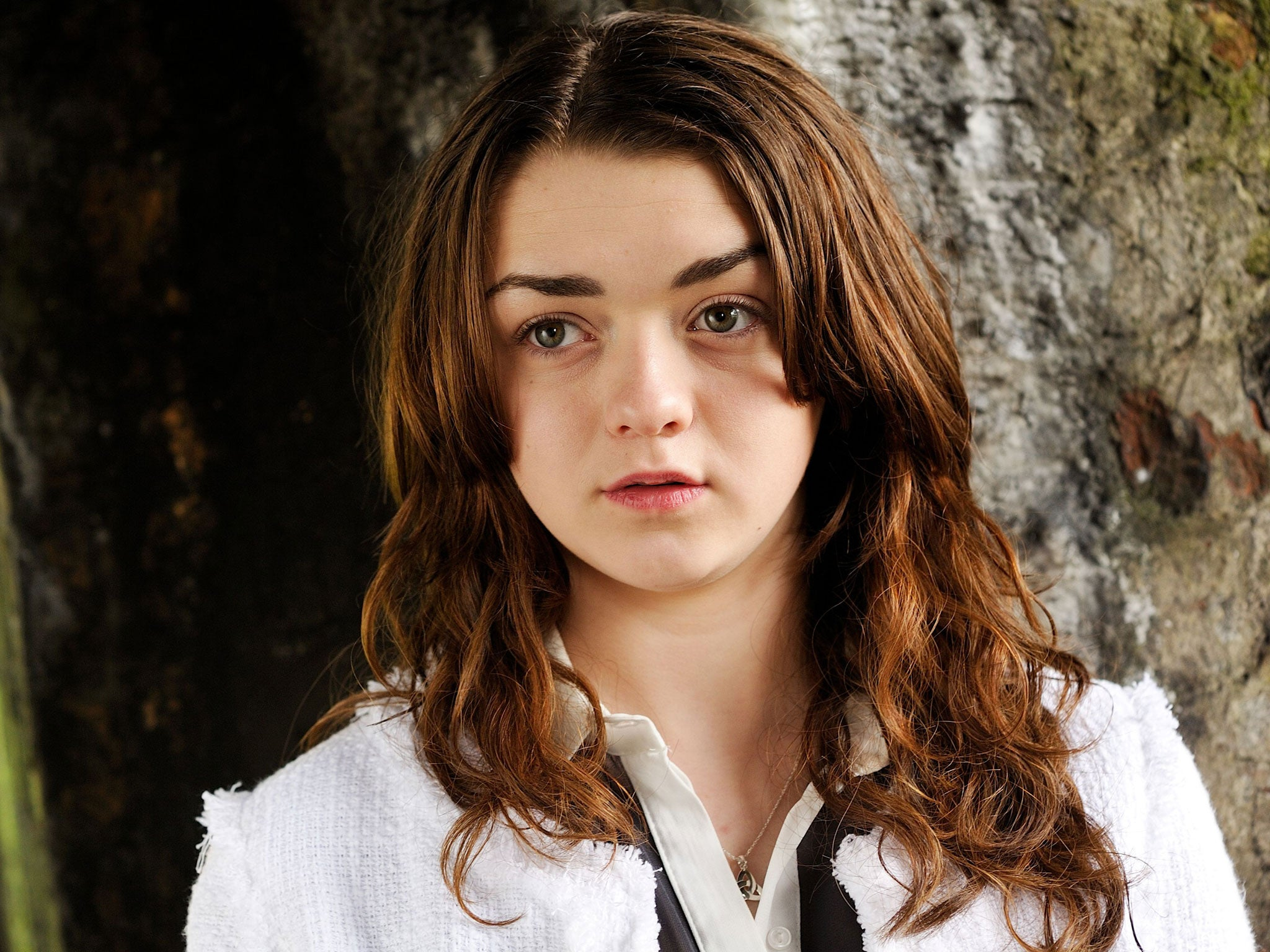 For that Maisie williams thrones can look