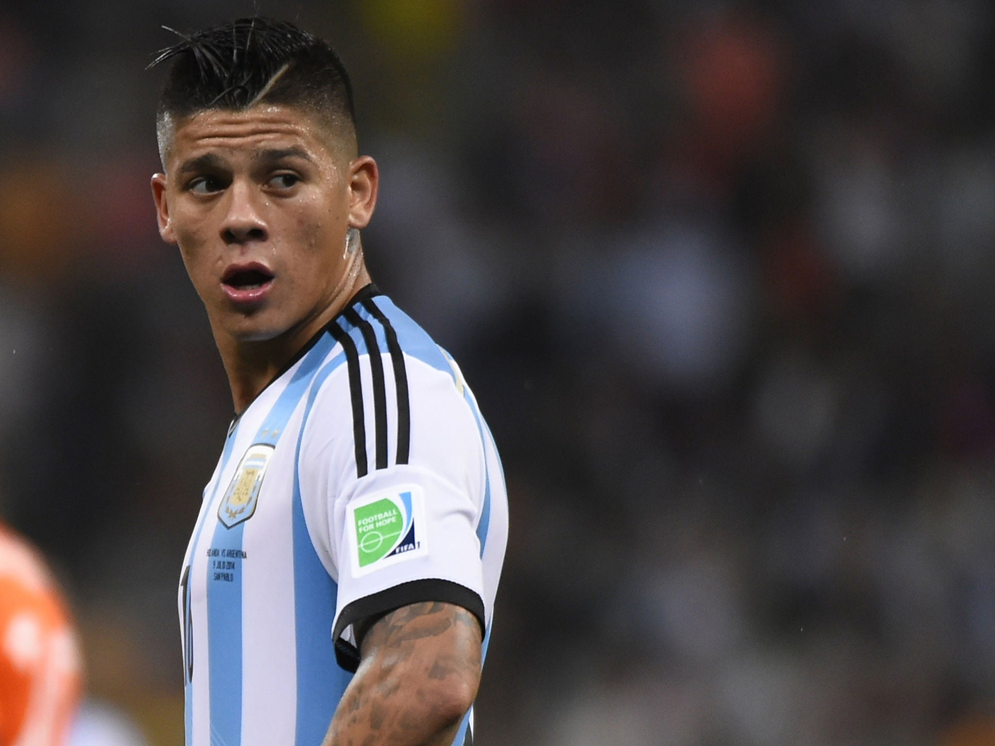 marcos rojo to manchester united  sporting lisbon confirm